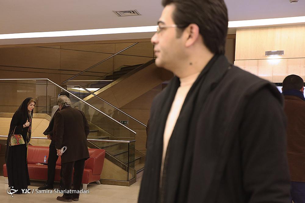 رویارویی آزاده نامداری و فرزاد حسنی