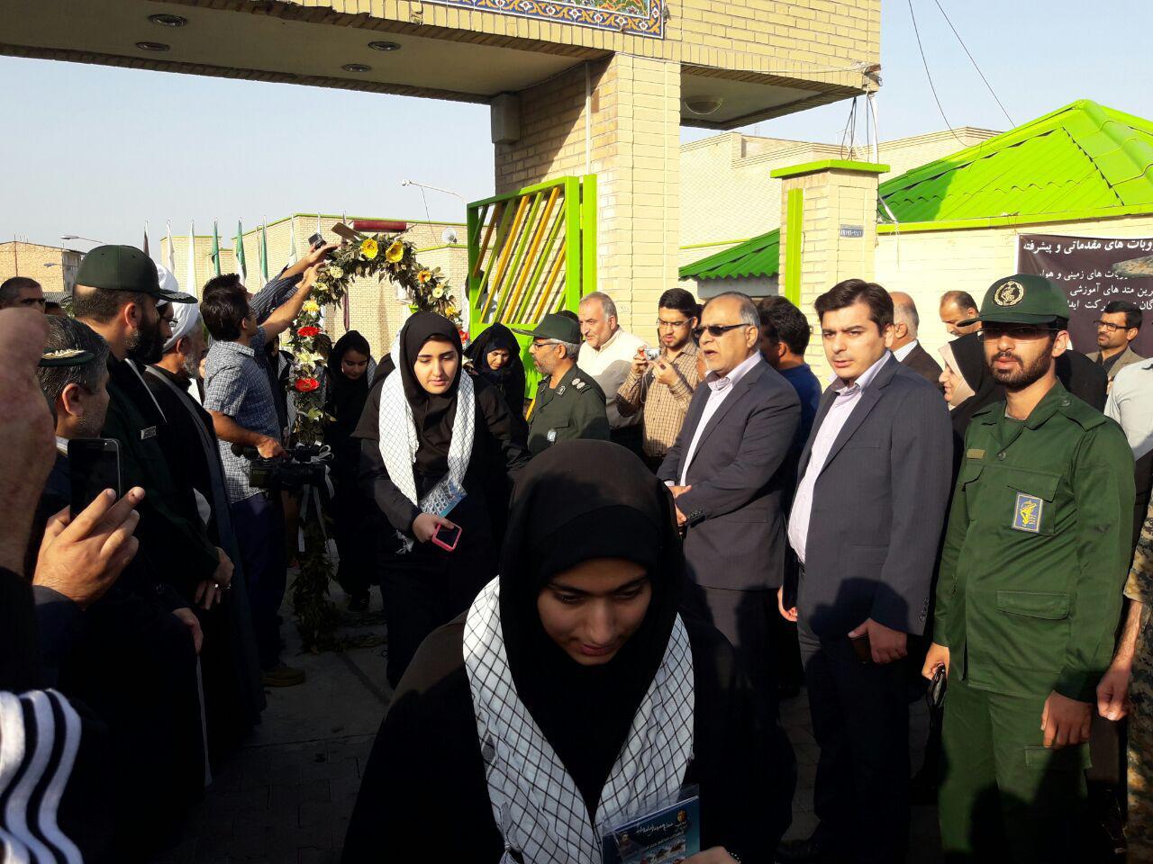 اعزام دختران دبیرستانی گرگان به مناطق عملیاتی غرب کشور4
