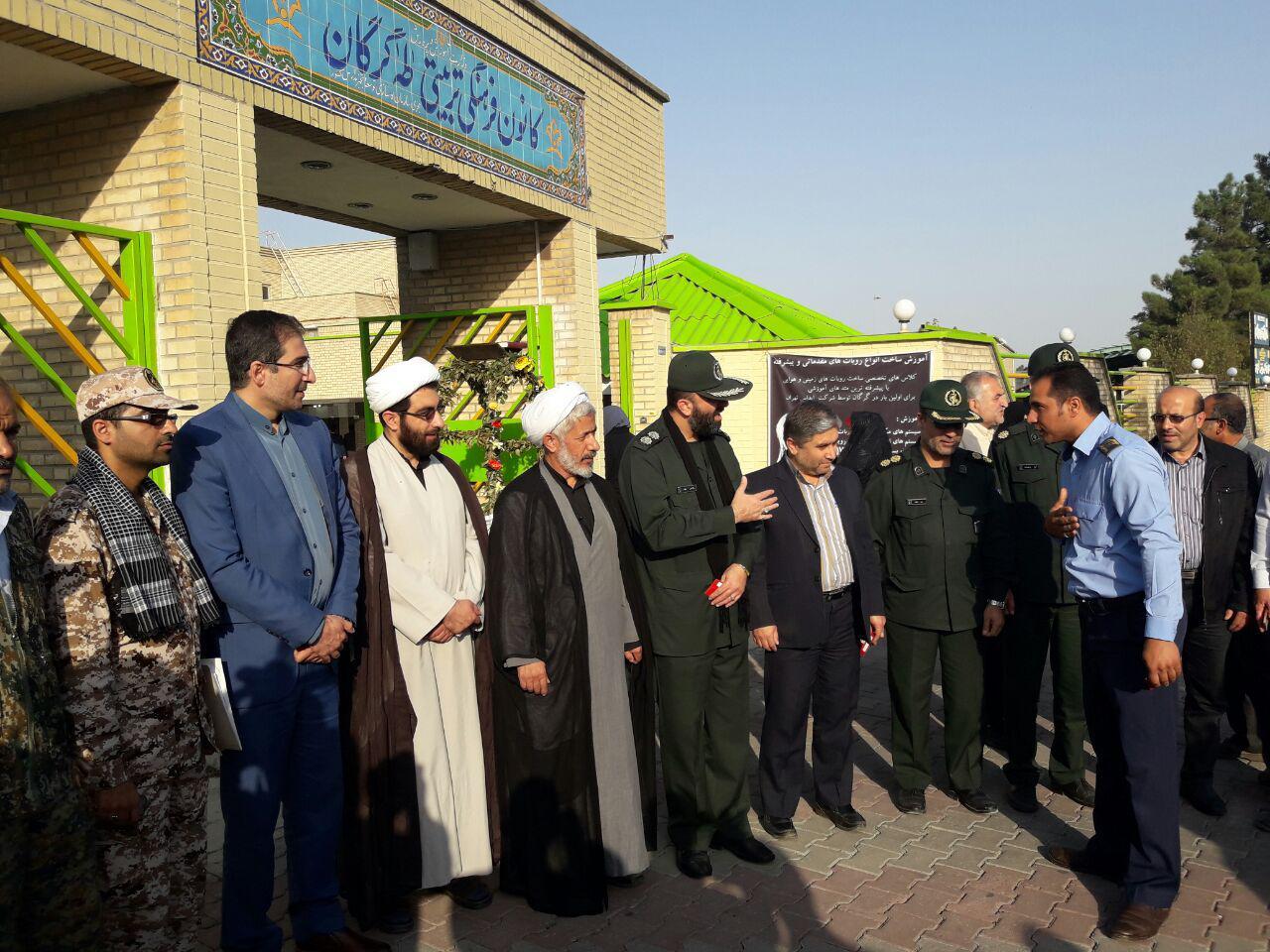 اعزام دختران دبیرستانی گرگان به مناطق عملیاتی غرب کشور6