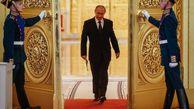 چرا پوتین غیرعادی راه می رود؟! +تصاویر