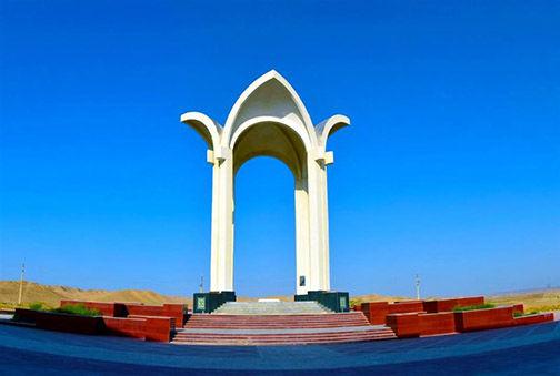 رونمایی از آثار ملموس ترکمنی در مراسم گرامیداشت مختومقلی فراغی