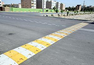 احداث سرعت گیر با هدف کاهش حوادث در یکی از خیابانهای گرگان
