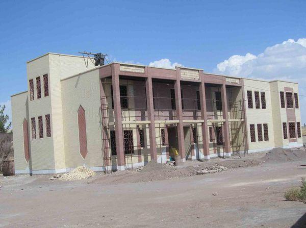20 مدرسه در دست ساخت است
