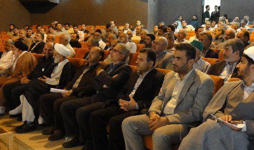 """برگزار همایش """"رزمندگان دوران دفاع مقدس"""" در شهرستان کردکوی+تصاویر"""