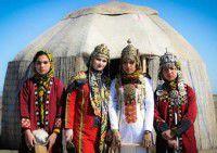 تصاویر/ جشنواره زیبای قومی محلی در بندرترکمن