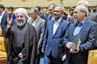 مسؤلین دولت روحانی چگونه آمار تراز تجاری را «مثبت» کردند؟