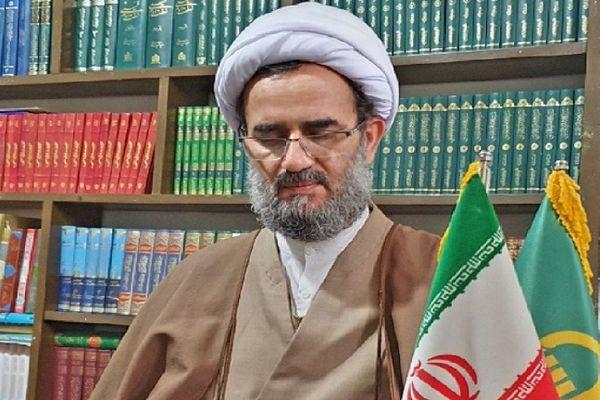 تحریف اندیشه های امام راحل بازی در زمین دشمن است