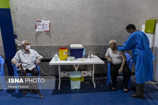 با نوبت الکترونیک به مراکز واکسیناسیون مراجعه شود