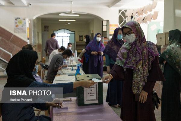۵۱ درصد رای دهندگان غرب گلستان بانوان بودند