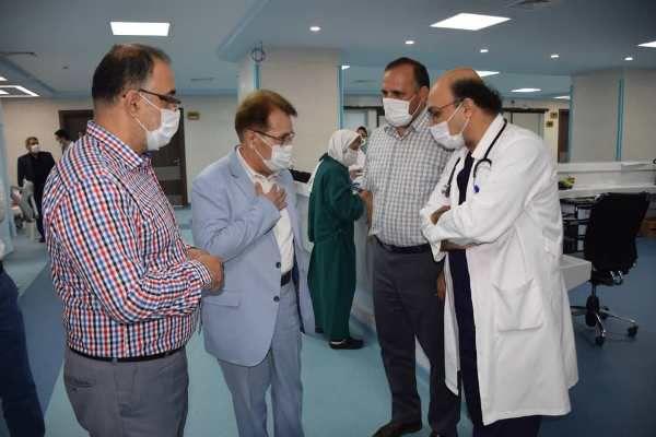 بازدید مدیر درمان تامین اجتماعی گلستان از بیمارستان حکیم جرجانی گرگان
