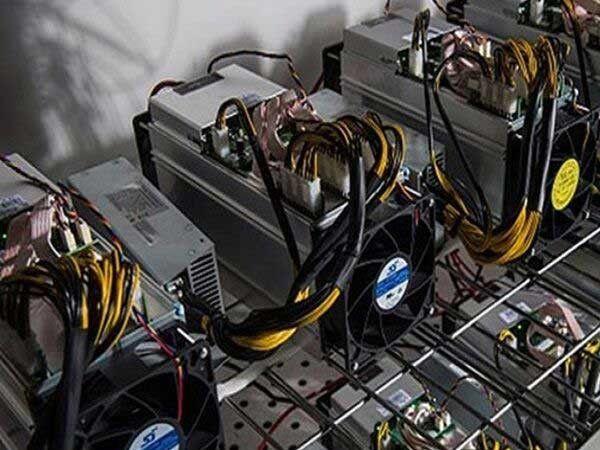 کشف 18 دستگاه ماینر در شهرستان رامیان