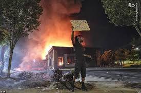 فیلم/ شعلههای آتش نژادپرستی در آمریکا