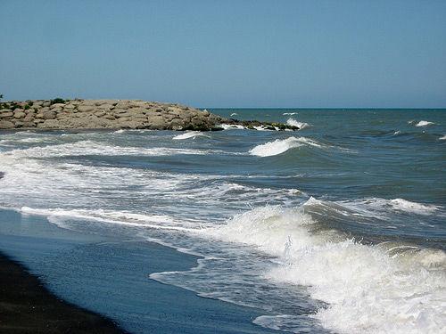 دریای خزر راه نجات کشور از بحران کم آبی است