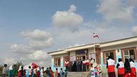 کمکهای خیر گلستانی یه دانش آموزان مناطق سیل زده
