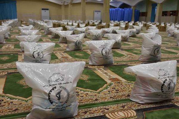 توزیع ۱۰ هزار بسته معیشتی رزمایش کمک مومنانه و توزیع ۱۰۰ جهیزیه در گلستان