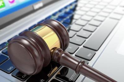 قانون می بایست سرلوحه رفتار کاربران در فضای مجازی باشد