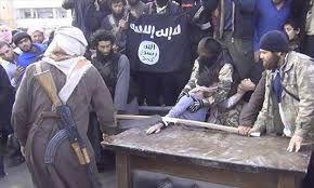 کشف جسد جلاد داعش با سر بریده