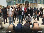 فیلم/ سجده شکر فلسطینیها در صحن مسجدالاقصی