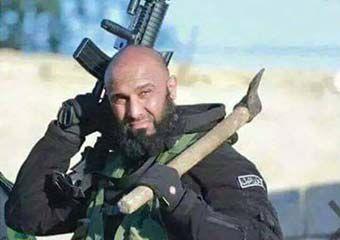 عکس یادگاری خبرنگار گلستانی با ابوعزرائیل !