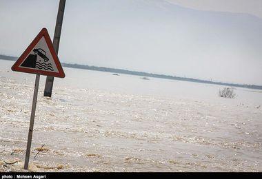 تنها مسیر ارتباطی گمیشان براثر سیلاب مسدود شد