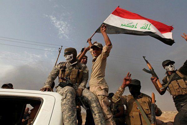آزادی کامل شهر القائم در غرب عراق از دست داعش/ القائم به آغوش عراق بازگشت