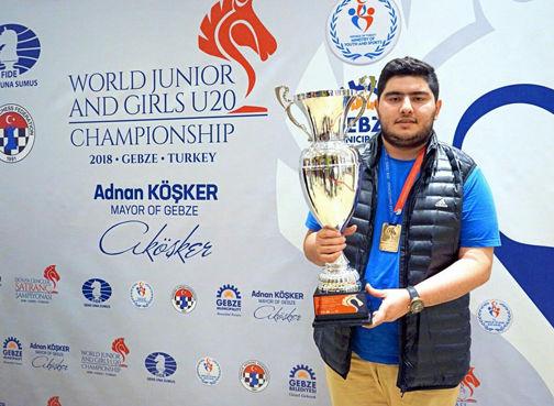 برگزاری مراسم استقبال از قهرمان شطرنج جهان