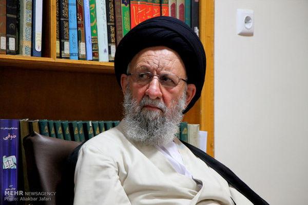 اختلاف افکنان بین شیعه و سنی بنده دلار هستند/ احترام عامل وحدت