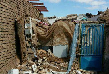 نقش ضعیف دولت در امداد رسانی به زلزله زدگان/نیرو های مسلح همه جانبه عمل کردند