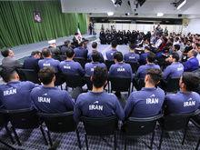 بیانات در دیدار مدالآوران المپیادهای علمی و اعضای تیم ملی والیبال جوانان