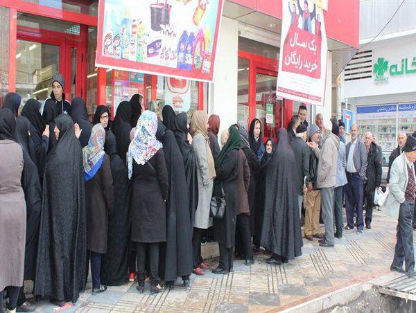 حذف صف برای خرید روغن و تخم مرغ  در کردکوی / ورود دادستانی به مدیریت توزیع کالاهای اساسی