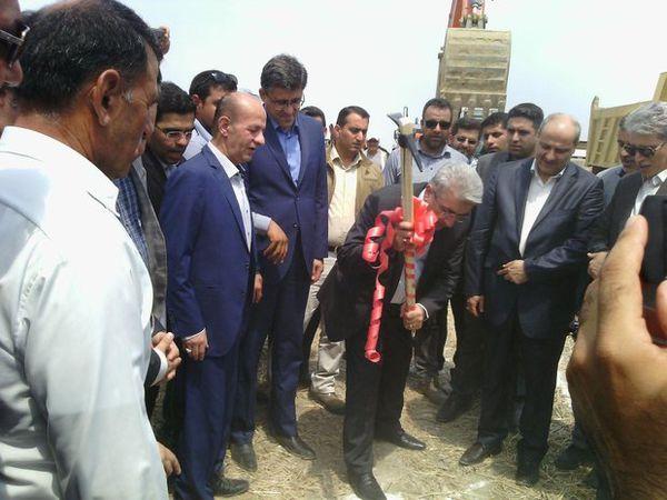 آغاز عملیات اجرایی آبرسانی به شهرها و روستاهای مرزی استان