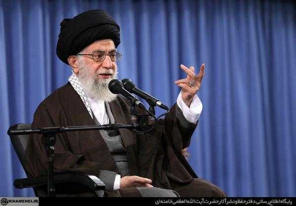 روایت امام خامنهای از دو فرصت و یک خطر ابزار رسانهای جدید