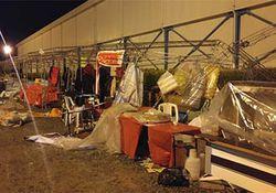خسارت 100 درصدی طوفان به غرفههای نمایشگاه کتاب گلستان + تصاویر