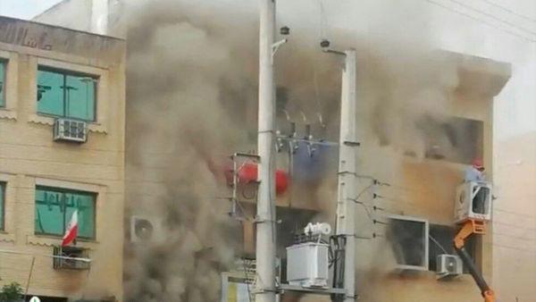 آتش سوزی ساختمان اداره امور مالیاتی آزادشهر