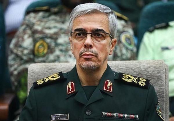 تبریک رئیس ستاد کل نیروهای مسلح  به مناسبت سالروز تأسیس سپاه