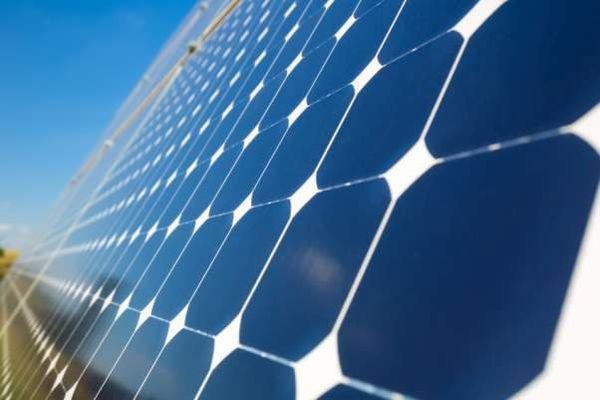 ۴۰۰ خانوار عشایری گلستان با استفاده از سلول خورشیدی برقدارمی شوند
