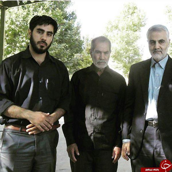 سردار سلیمانی در کنار خانوداه شهید مدافع حرم + عکس