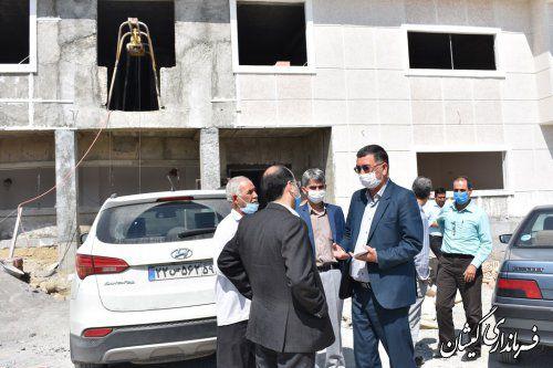بازدید فرماندار گمیشان از مدارس در حال ساخت شهرستان