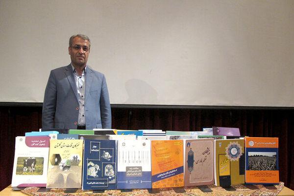 انتشار ۳۹۲ عنوان کتاب طی سال ۹۷ در گلستان