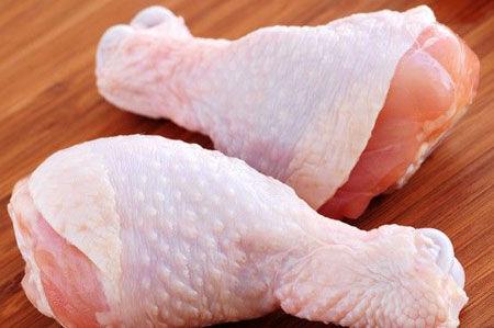 عوارض خطرناک مصرف پوست مرغ!