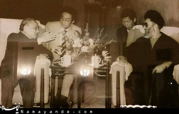 عکسی دیدهنشده از رهبر انقلاب در چین