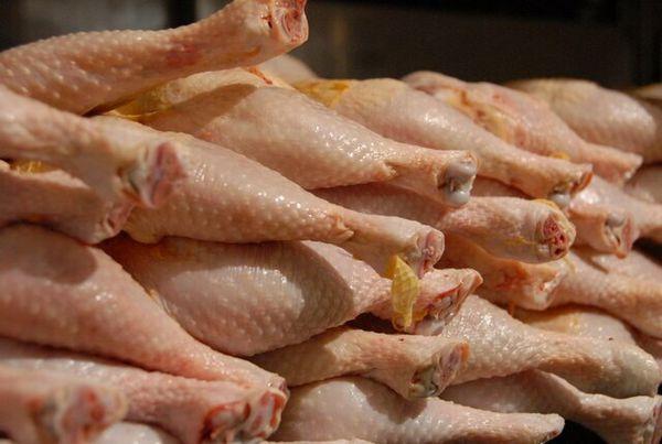 عوارض ۱۵۰۰ تومانی صادرات گوشت مرغ تا پایان تیر تمدید شد