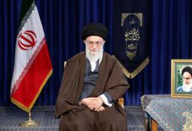 رهبر معظم انقلاب سال 97 را سال «حمایت از کالای ایرانی» نامگذاری کردند/ مخاطب شعار امسال آحاد ملت و مسئولانند؛ همه باید سخت، کار کنند