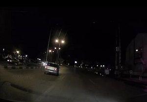 حرکات خطرناک پژو ۴۰۵ در جاده گرگان + فیلم