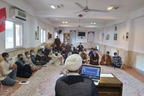 برگزاری کارگاه آموزشی «سواد رسانه و فضای مجازی» در بندر ترکمن