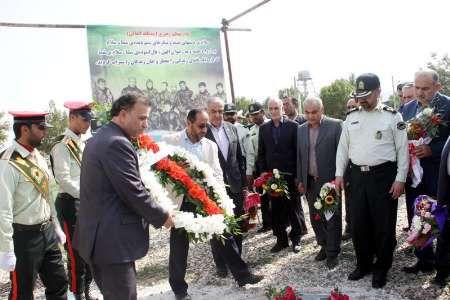 اعضای بسیج رسانه گلستان به مقام شهدای غواص ادای احترام کردند