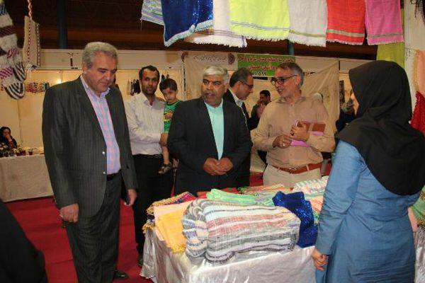 حضور فعال بانوان مددجوی گلستانی در نمایشگاه تولیدات مشاغل خانگی