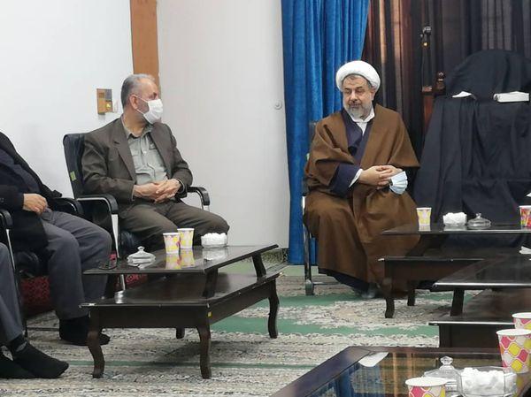 دیدار شورای هماهنگی احزاب انقلابی استان با امام جمعه گنبد کاووس