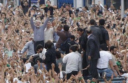 فتنه گران خرداد 88 و اصرار بر دیکتاتوری و اردوکشی خیابانی
