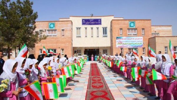 مدرسه ۱۲ کلاسه بنیاد برکت گالیکش افتتاح و به بهره برداری رسید